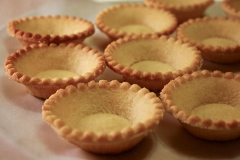 shortcrust tart shells - home to the extreme yumminess