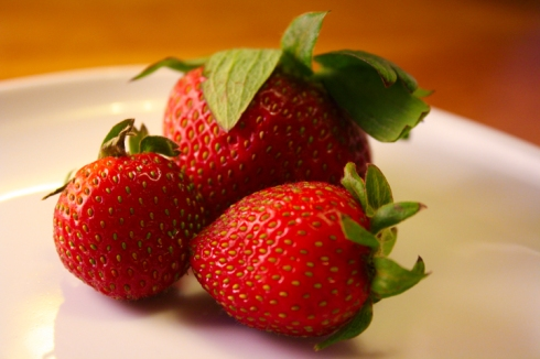 since strawberries are in season, why not take advantage and invite summer to come already?